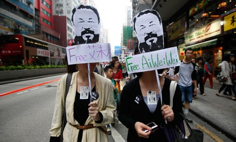 Protesters-in-ai-weiwei-m-007