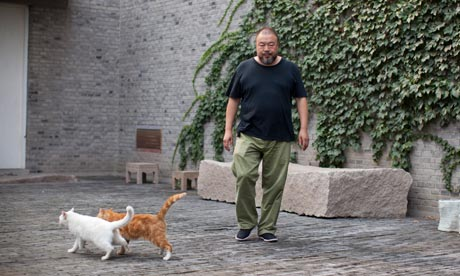 Artist-ai-weiwei-in-his-b-007